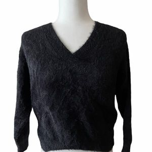 3/30 deal Cozy black sweater